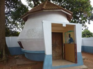 temple-vaudou-du-culte-du-python_photos2_17_167_1665_166466_full